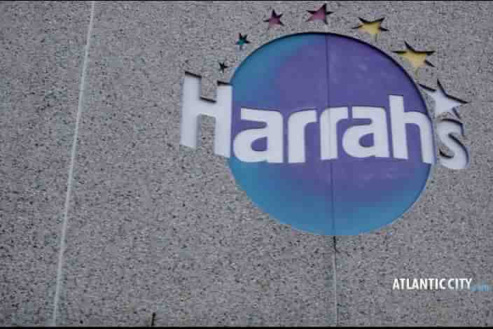 Harrahs Casino Hotel Sign